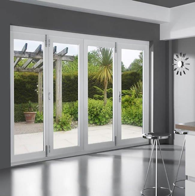 شست و شوی درب و پنجره دوجداره